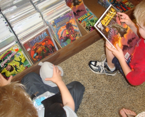 Kids reading comics